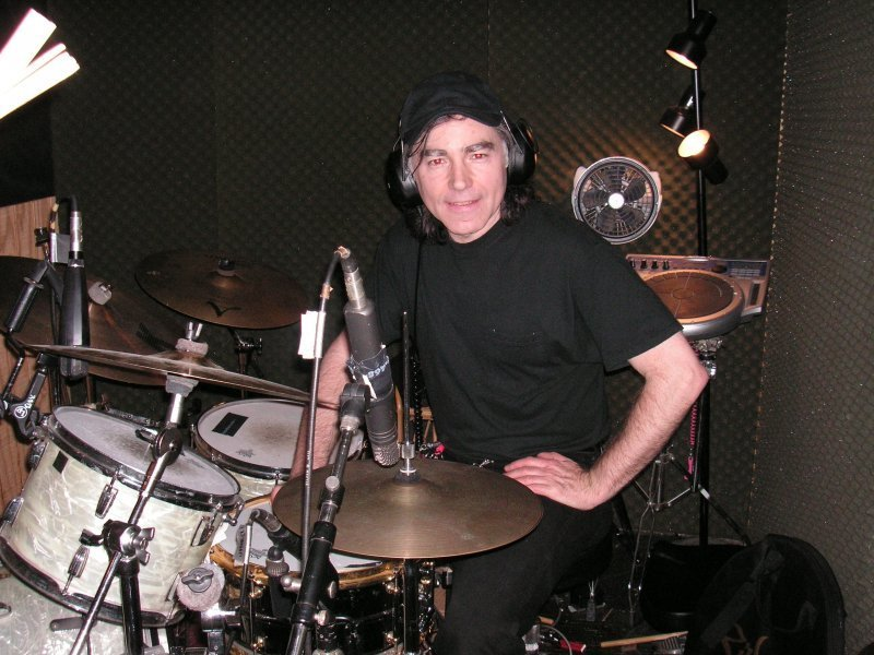 Don Castagna, from Debbie Davies' band
